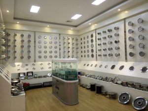 How to find the best led underwater lights manufacturer in China?